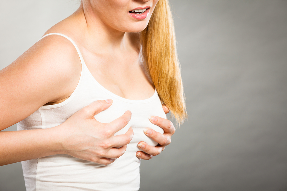 sore boobs, breastfeeding tips these mothers wish they knew by healthista
