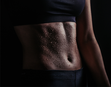 woman's abs, 30 minute fat-burning workout for abs - new Sweaty 30 series by healthista.com