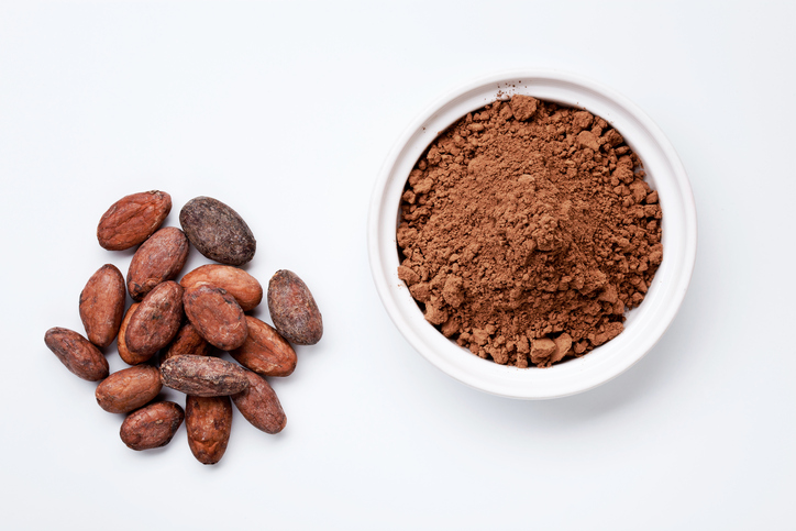 raw-cacao-15-organic-food-essentials-by-healthista