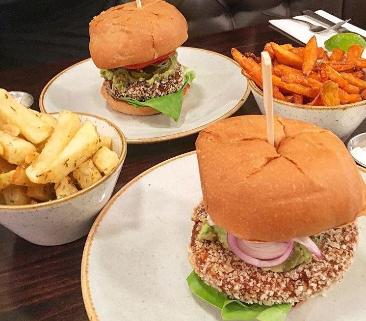 15 best chain restaurants with vegan food options, by healthista.com (10)