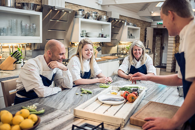 Cookery-School Daylesford, 10-Best-Christmas-gift-experience-days-for-the-person-who-has-everything-by-healthista.com_