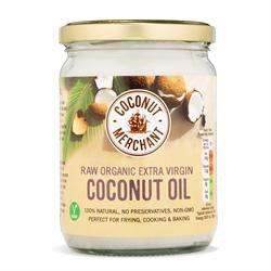 coconut-oil,-8-Healthy-food-essentials-this-nutritionist-will-always-have-by-healthista.com