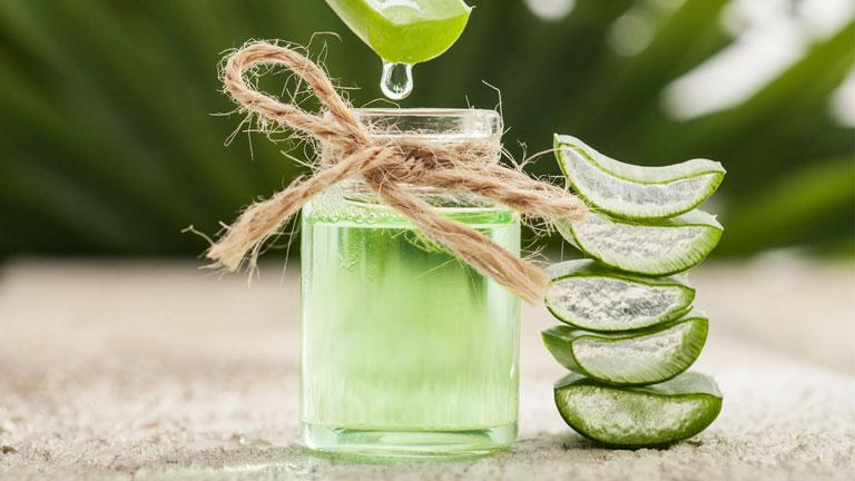 aloe-vera-juice-in-glass,-weights-loss-tips---fushi-aloe-vera-juice-by-healthista