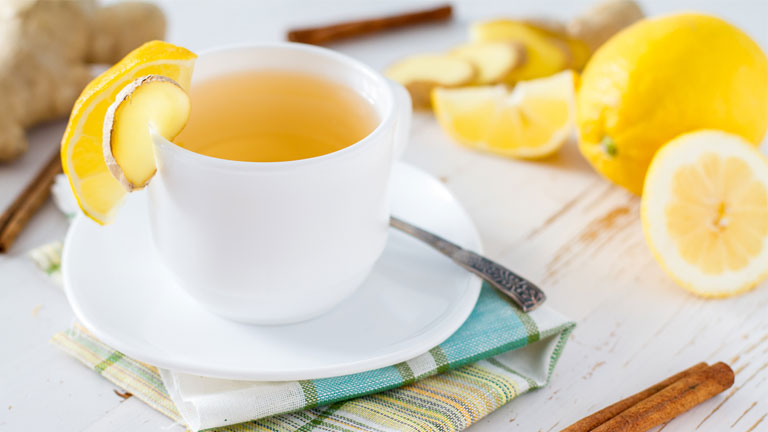 cup-of-hot-water-and-lemon,-30-weight-loss-tips-in-30-days---#29-lemon-and-grapefruit-by-healthista.com