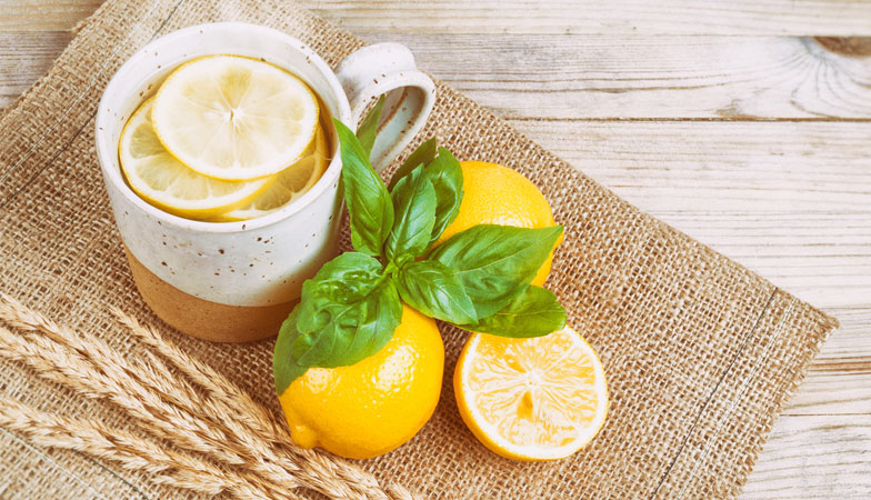 30 Weight loss tips in 30 days – #29 Drink water with lemon