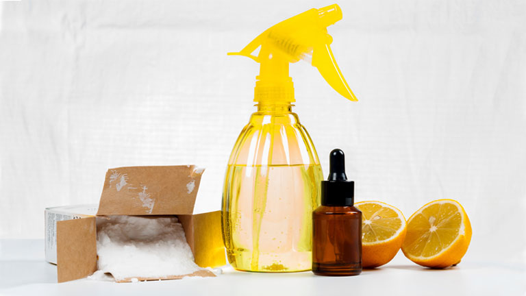 chemicals in cleaning products to avoid and what to use instead, by healthista.com
