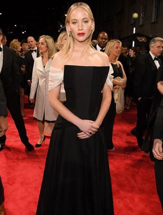 jennifer lawrence, Celebrity trainer secrets of BAFTAs finest A-listers, by healthista.com (2)