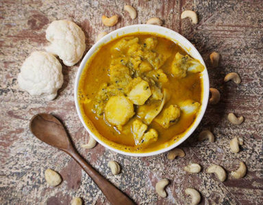 Vegan yellow curry FEATURE