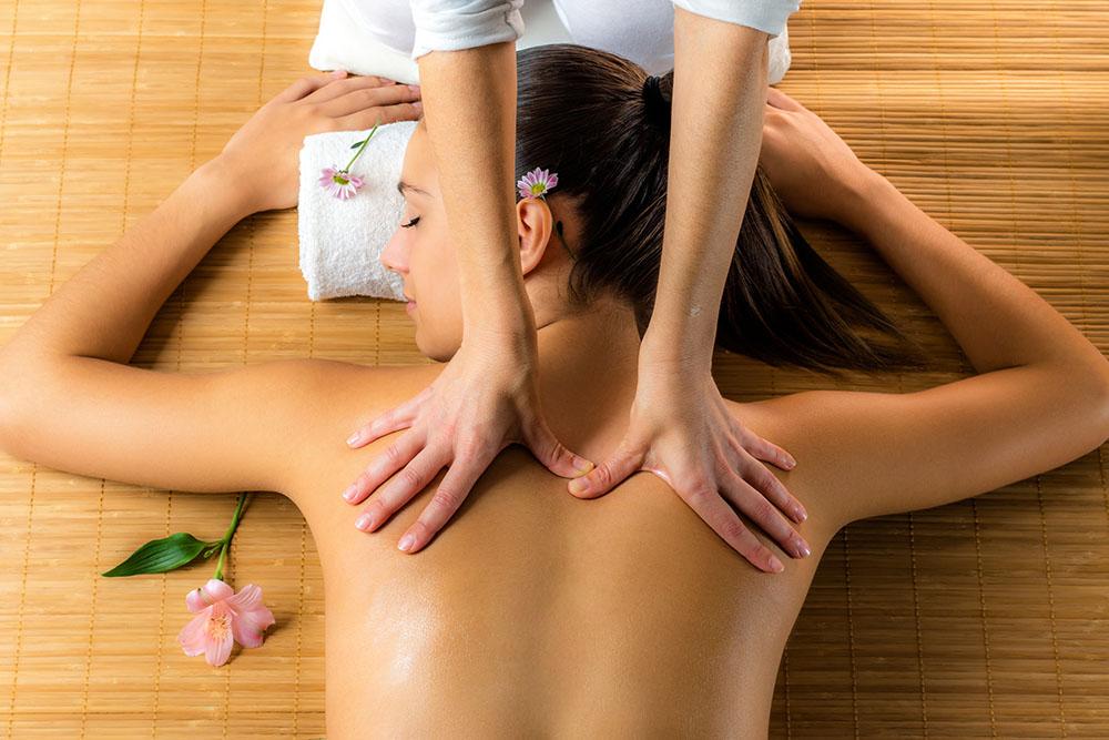 sciatica leg back pain massage treatment Osteopath Oliver Eaton Healthista