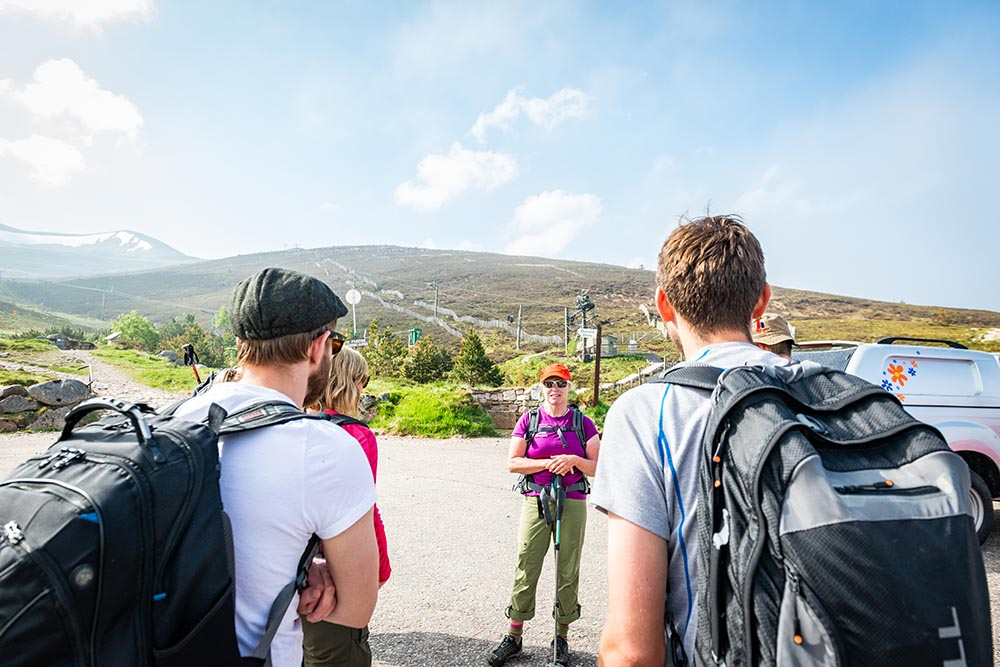 Munro-bagging-Cairngorms-Scotland-Aviemore-Merrell-Heather-Morning