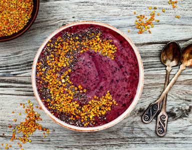 Acai-smoothie-bowl,-trendy-nutrients-a-z,-acai-by-healthista.com