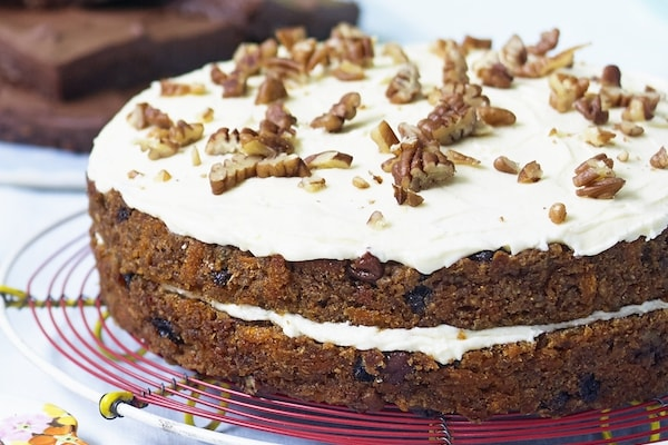 banana cake 5 vegan cake recipes with the wow factor virtually vegan heather whinney by healthista