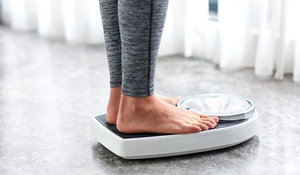 scales-How-to-lose-body-fat-the-no-nonsense-nutritionists-guide-by-healthista