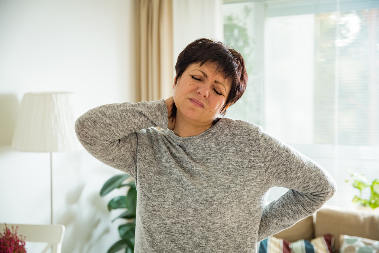 signs of vitamin D deficiency, tired, pain, healthista