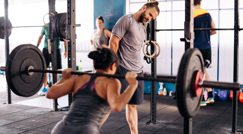 man-staring-at-woman-in-gym-metoo-in-the-gym-healthista.com_.jpg