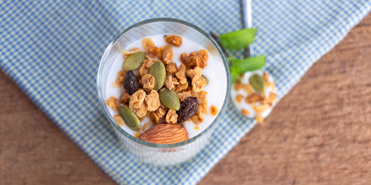 nuts-and-seeds,-what-does-a-vegetarian-nutritionist-eats-in-a-day,-by-healthista