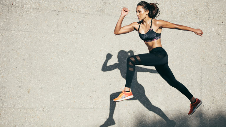 woman-running,-how-to-get-healthy-chlesterol-levels-by-healthista.com