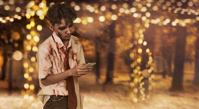zombie man on phone, dating app, healthista.com.jpg