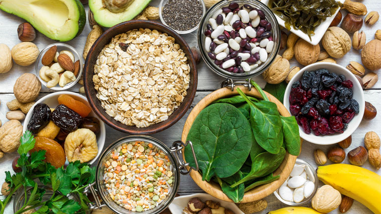 essential nutrients everyone needs magnesium-foods,-super-nutrients-for-health-by-healthista.com