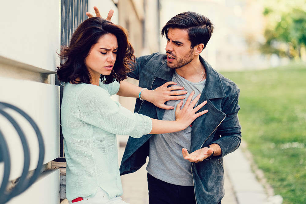 5-ways-to-recover-from-narcissistic-abuse-couple-arguing