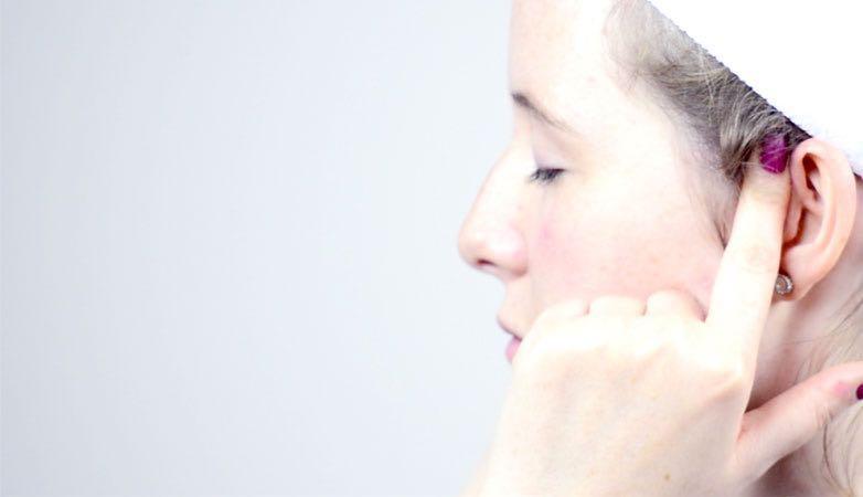 anti ageing face massage, healthista, reflexology, gua she
