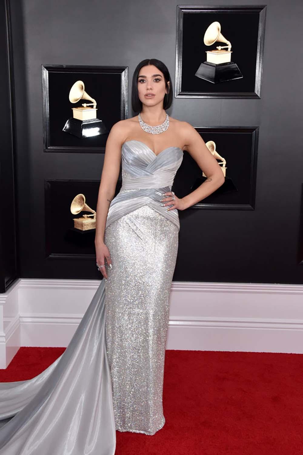 7 hottest Grammy bodies-Dua-Lipa-Grammys