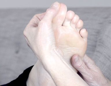 foot reflexology for sinuses, featured