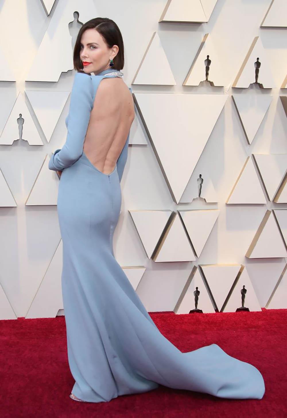 Charlize-Theron-Oscars.jpg