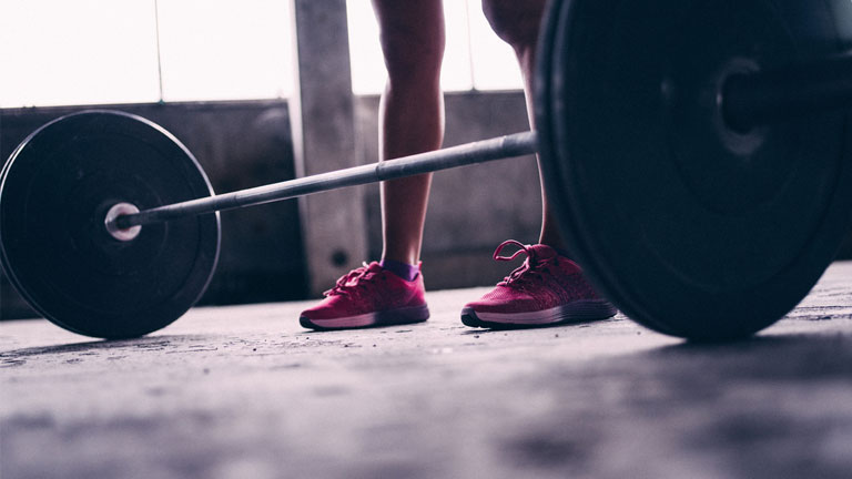 barbell,-fat-burning-leg-workout-by-healthista.com
