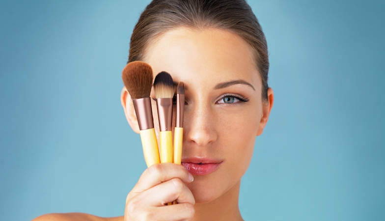 Make-up tutorial – 4 steps to beautiful natural make-up
