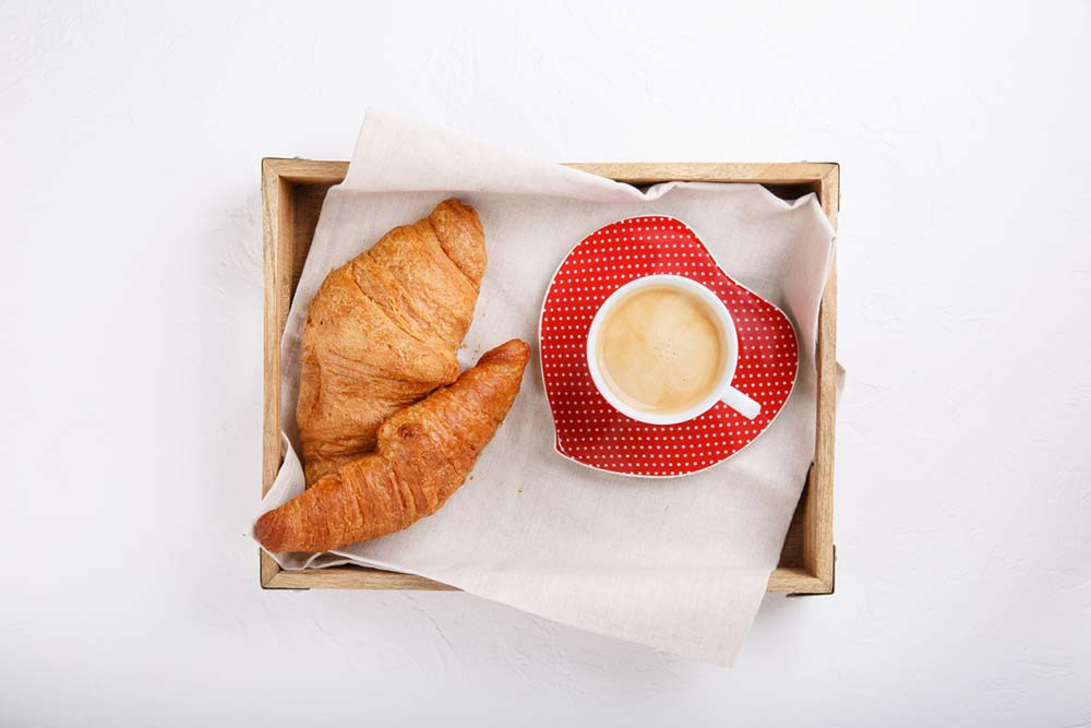 croissant-love.jpg