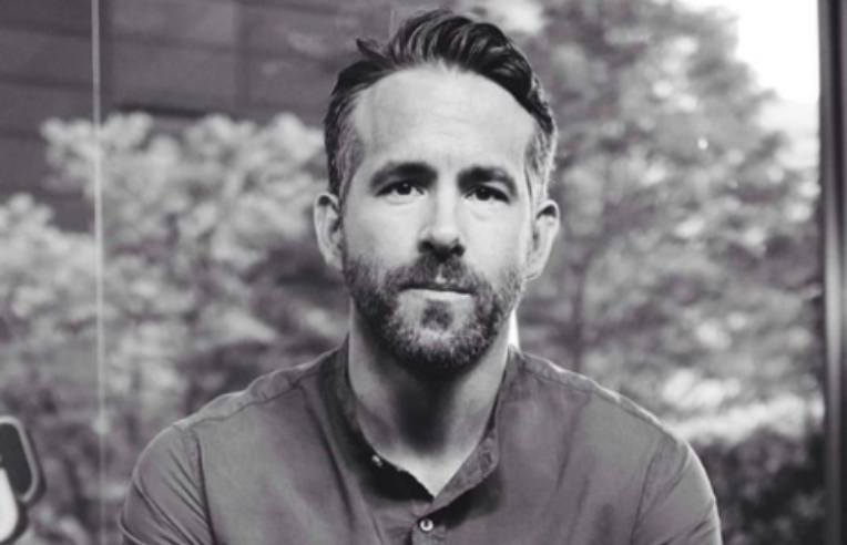 RYAN REYNOLDS 5 CELBRITES YOU DON'T NOW HAD ANXIETY HEALTHISTA