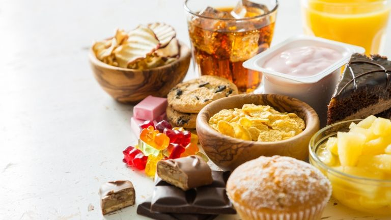 common causes of candida - sugary foods