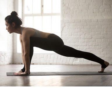 lizard pose sarah malcom 30 day yoga challenge healthista