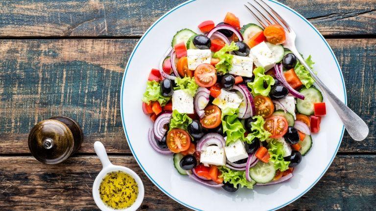 atkins diet - swaps - greek salad