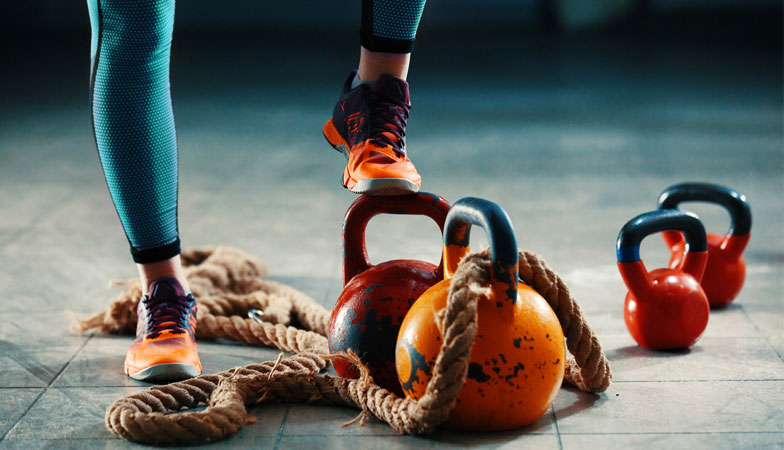 This abs workout with kettlebells takes only 20 minutes and will fire up your core