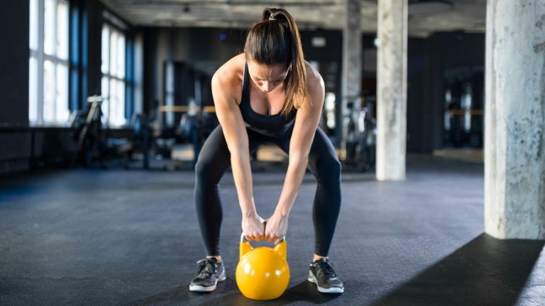 leg workout with kettlebell - glute fat burn - in post
