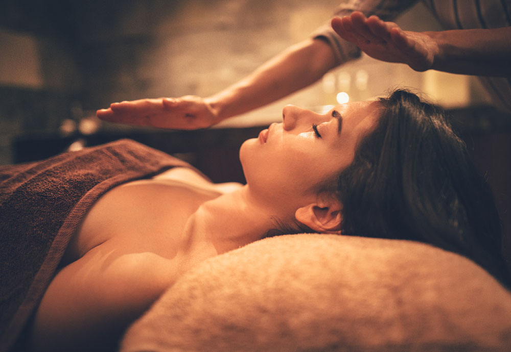 reiki-chaya-yoga-retreats-beat-your-burnout.jpg