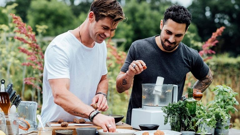 14 diet tips from the Hemsworth's personal chef MAIN