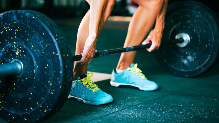 deadlift,-how-to-deadlift-gym-basics-by-healthista.com