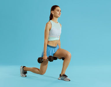 dumbbell lunge, how to do a lunge by healthista.com