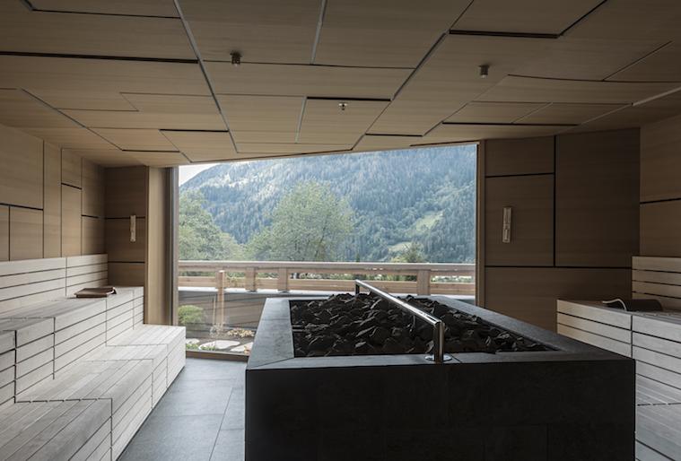 Lefay hot sauna