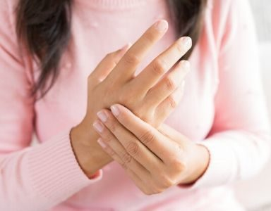 Joint pain_ Arthritis_ 6 natural solutions FEATURED (3)
