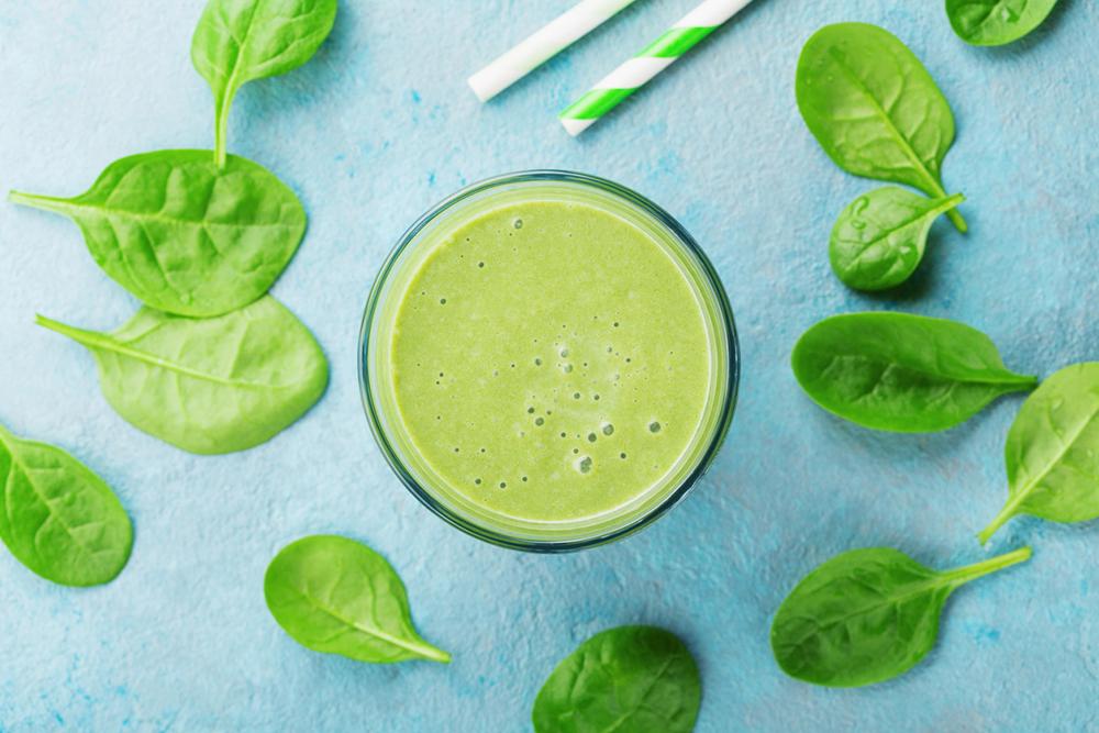 green-smoothie-hannah-barrett.jpg