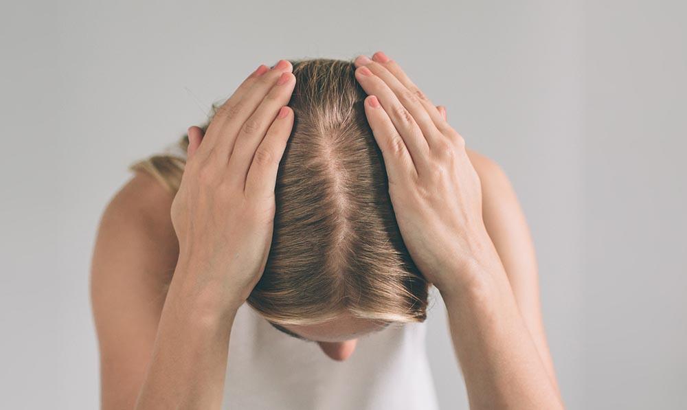 Alopecia-5-hair-loss-myths-almost-everyone-believes-hair-loss-woman-istock.jpg