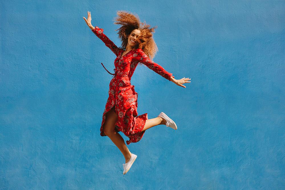 Woman-jumping.jpg