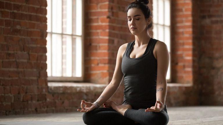 Meditation-for-stress-MAIN-healthista.jpg