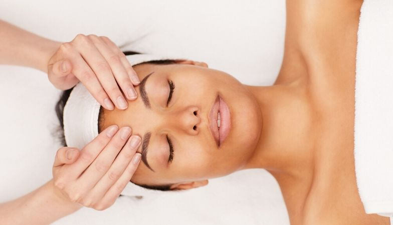 5 best facials in London for glowing skin – an insider's guide