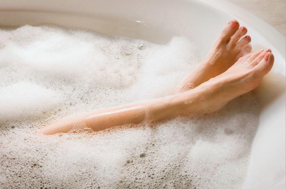 self care woman in bath