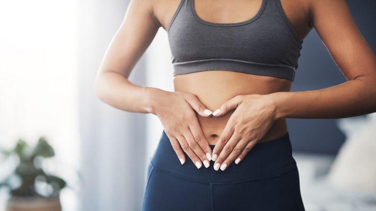 5 reasons drinking green tea can help flatter tummy MAIN